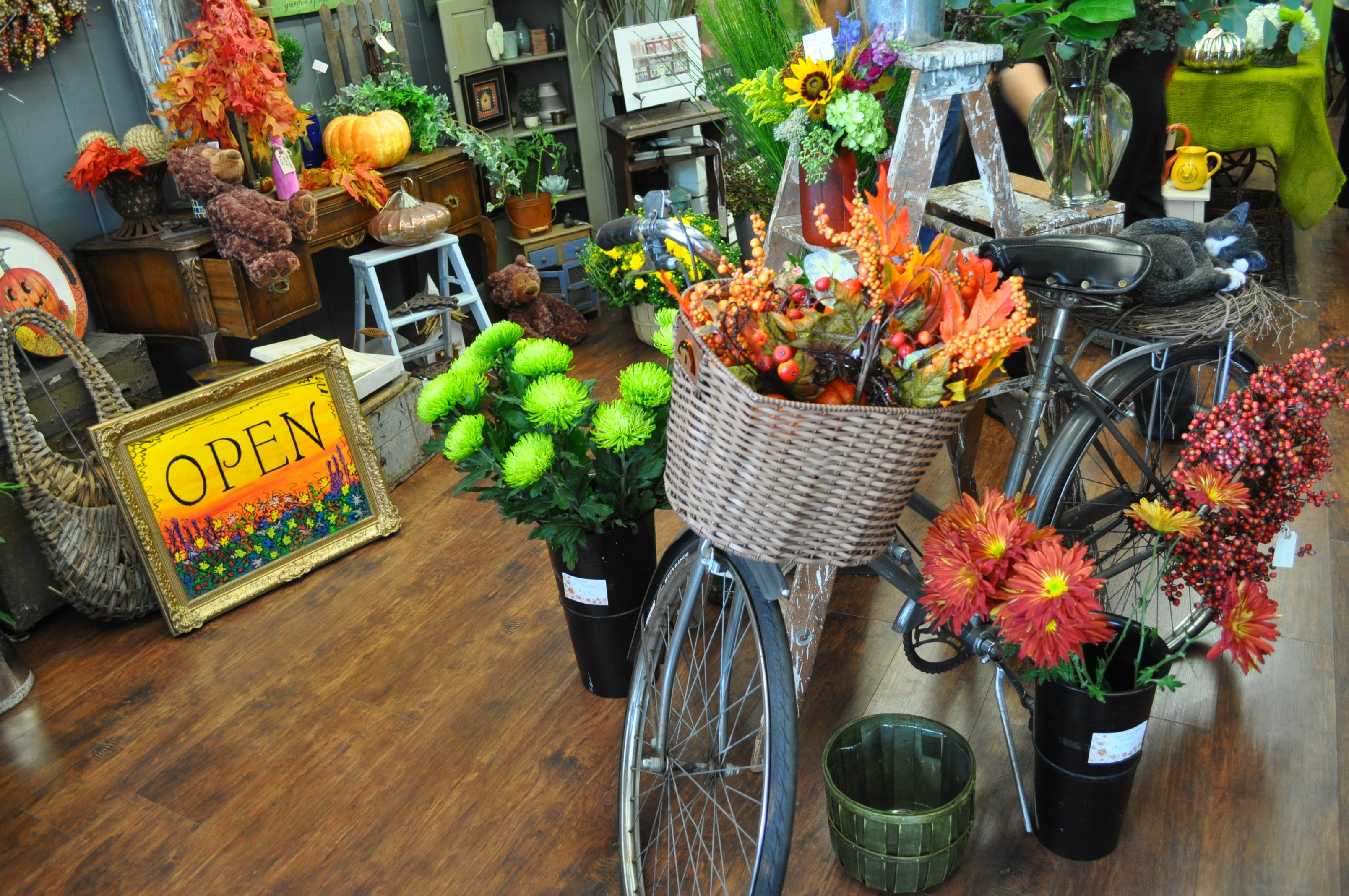 flower shop business plan entrepreneurship Maker, who opened from bud to blooms in august, plans to secure the  intellectual property of another flower shop, zionsville flower company,.
